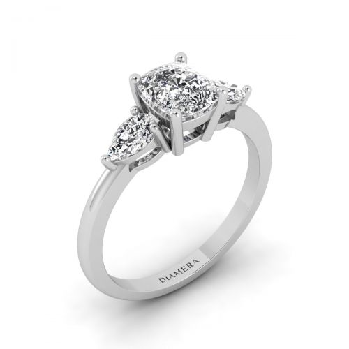18K White Gold Charming Leaf Cushion Trio Engagement Ring