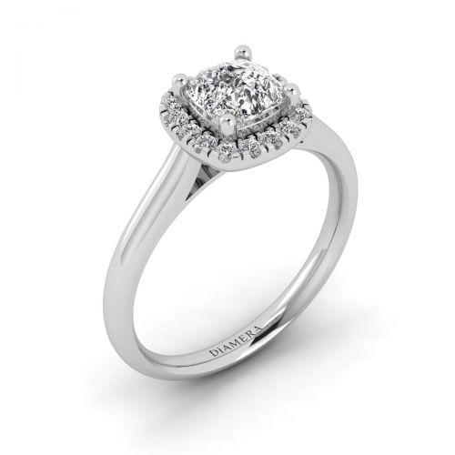 18K White Gold Classic Halo Engagement Ring with 0.31 Carat Oval Diamond