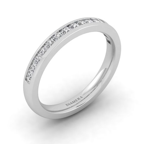 18K White Gold Glittery Princess Eternity Ring
